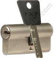 Cilindro MUL-T-LOCK 7X7 Europerfil 76mm Niquel